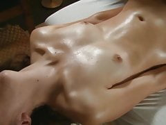 A nice Massage Session with real Orgasm