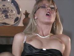 Bambola sexy secretary milf